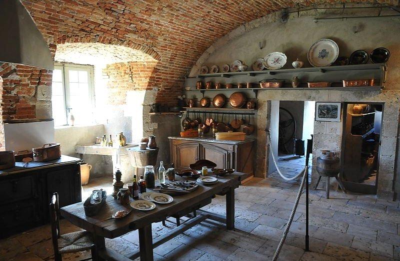 фото комнаты прислуги в замке