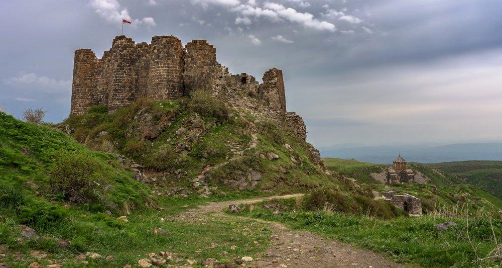 фотография замка амберд