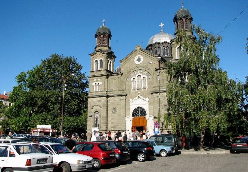 Фото храма Святого Кирилла и Мефодия в Бургасе