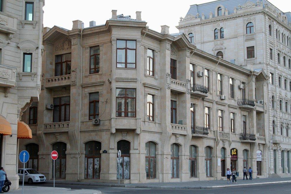 дома в Баку