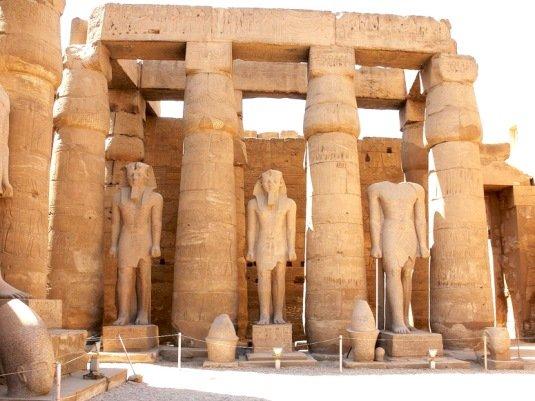 храм Амон-Ра в Египте
