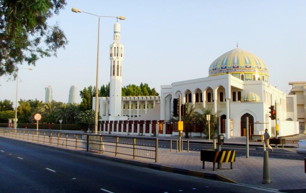 красивое фото мечети в Манаме