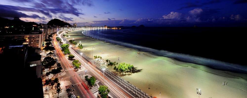 ночная фотография пляжа
