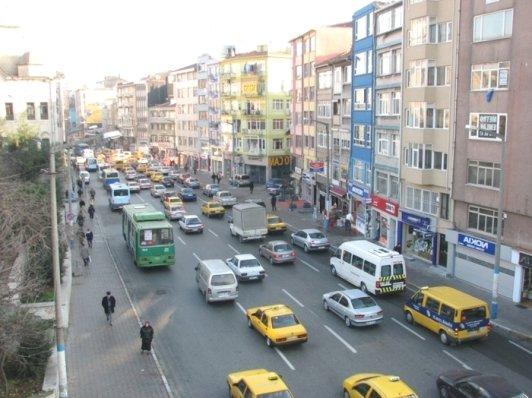 одна из городских улиц Стамбула