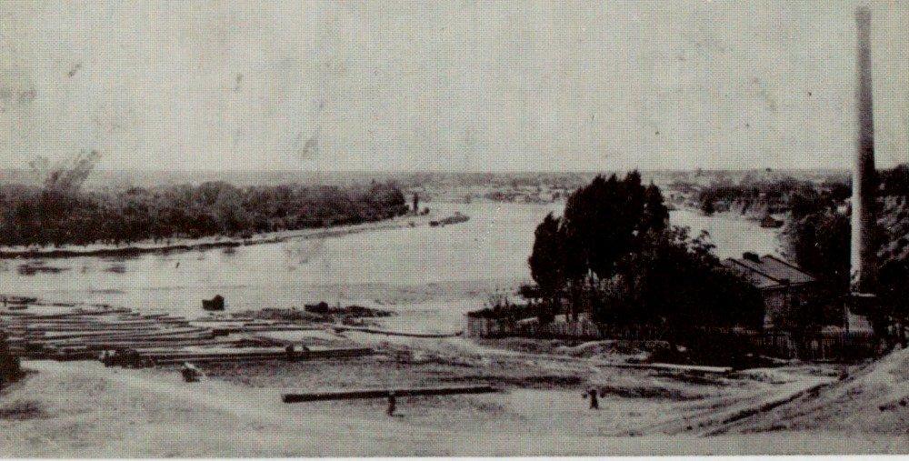 старый Тирасполь на черно-белой фотографии