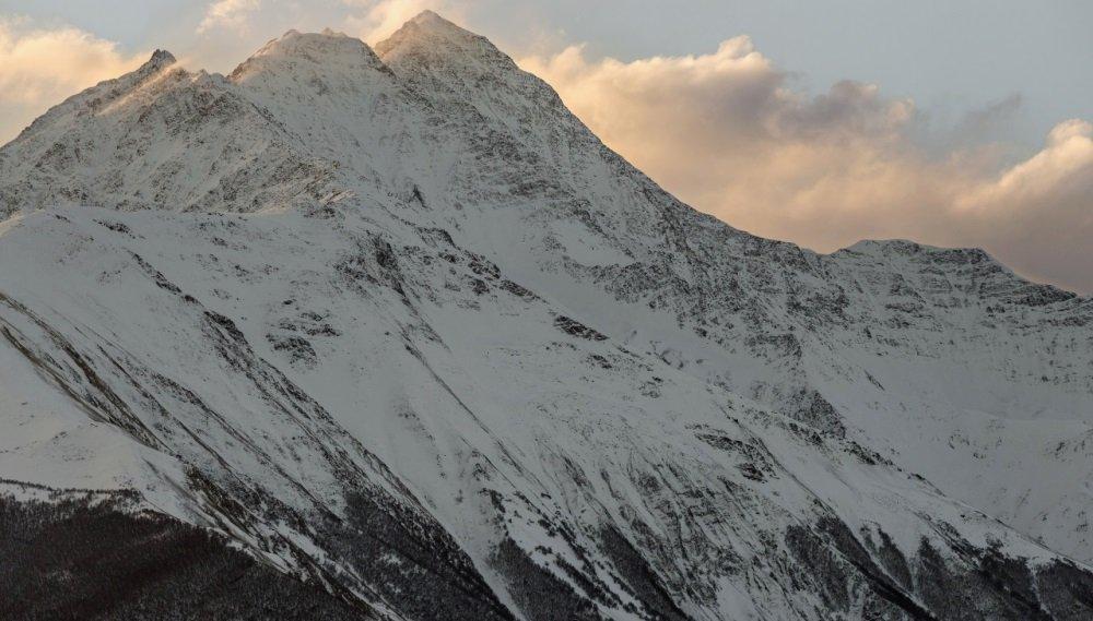 фото горной вершины Комито
