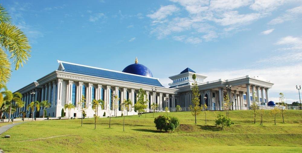 парламент Брунея