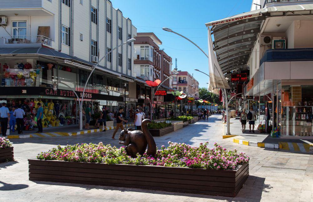 городская улица в центре города