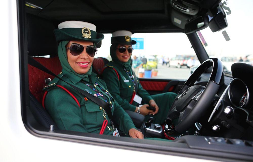 женщины-полицейские в Дубае