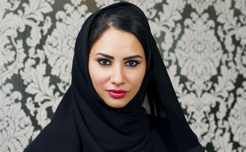 представительница арабского мира