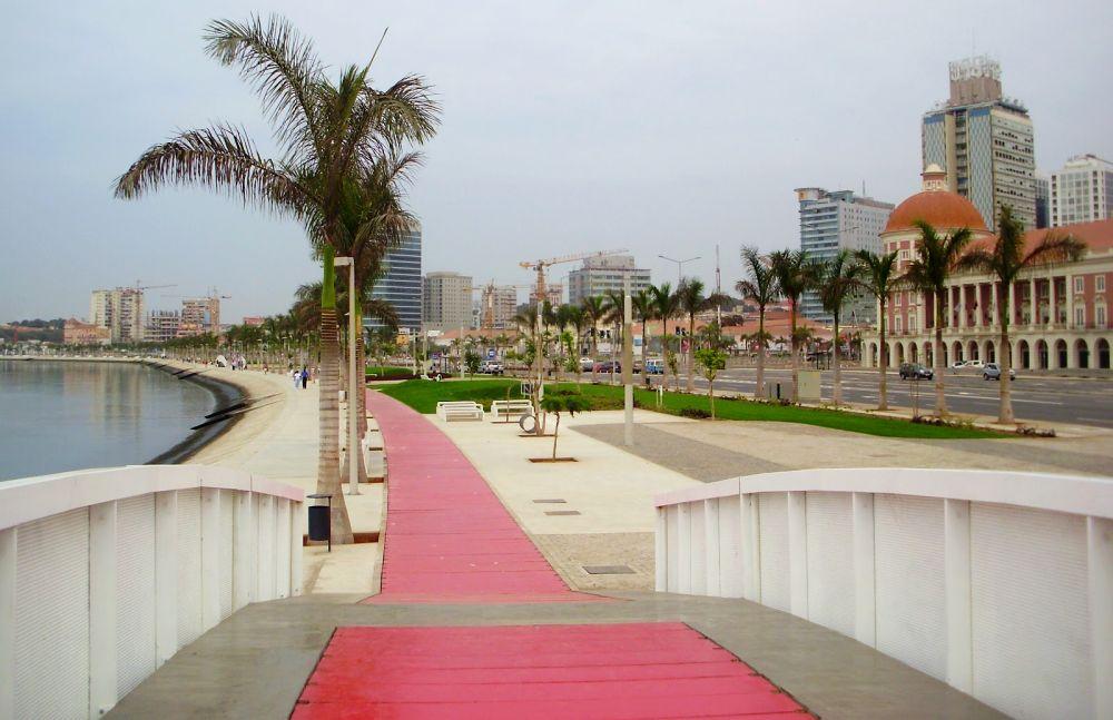 прогулочная пешеходная зона